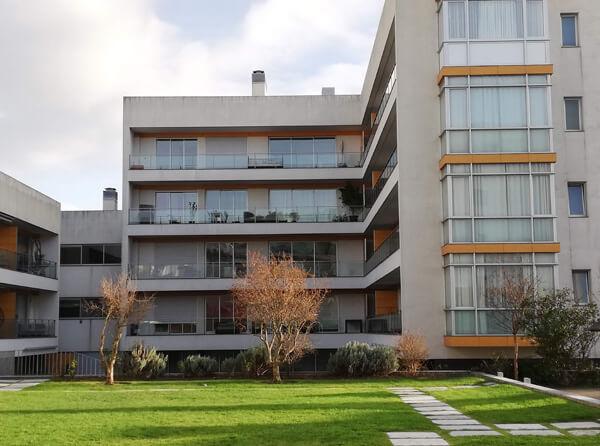 Condomínio Habitacional
